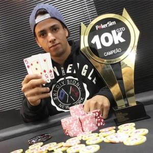 Troféu de acrílico da RikArt no PokerSim !