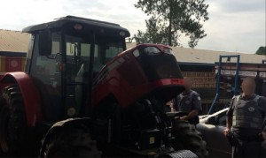 Veículo Recuperado: Trator Massey Ferguson 4275 Em Nhandeara
