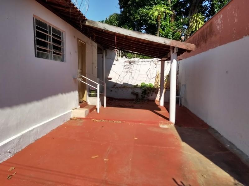 Imagem de 02 dormitórios, sala, .cozinha, banheiro e área de serviço