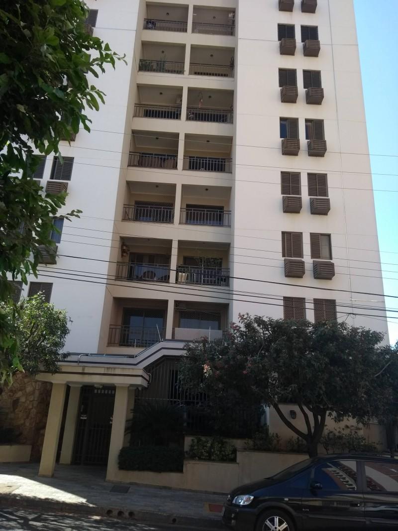 Imagem de Apartamento de 03 dormitórios sendo 01 apartamento. Com armários embutidos nos dormitórios, cozinha e banheiros. Com elevador.