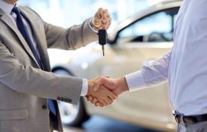 Vai comprar um carro seminovo? Faça uma consulta do Renavam antes de fechar negócio!