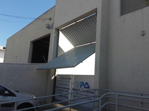 Portão Basculante vertical para RikArt Acrílicos