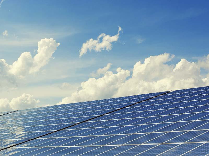 CRESCIMENTO DE ENERGIA SOLAR NO BRASIL