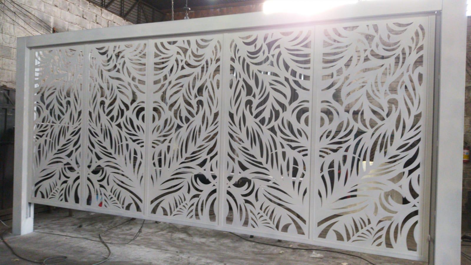 Portão Basculante Desenhado em Rio Preto