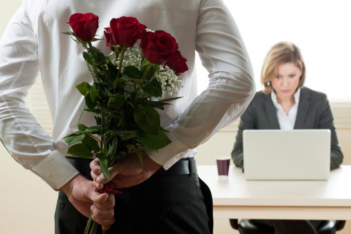 A Empresa pode proibir namoro entre colegas de trabalho?