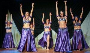 Dançarinas no palco